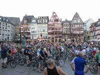 Frankfurt Römer Start der Bikenight
